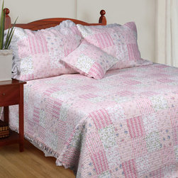 None - Spring Flowers Quilt Set - Add a touch of romantic appeal to your bedroom decor with this Spring Flowers quilt set. Made of pre-washed and pre-shrunk cotton, this quilt set features a floral patchwork pattern and is finished with a soft, ruffled edge.