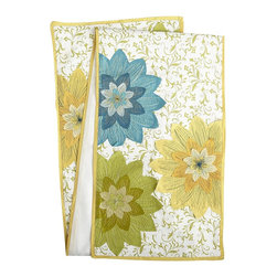 Cheerful Petals Table Runner - Set this floral runner on your outdoor table, and all you'll need is simple white dishware to get your party started.