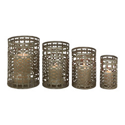 Set of 4 Radiating and Unique Styled Metal Candle Holder - Description: