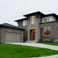 modern exterior by Veranda Estate Homes &amp; Interiors