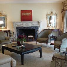 Traditional Living Room by Jen Duchene