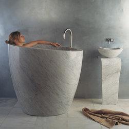Stone Forest - Stone Forest Eua Bathtub Carrara Marble