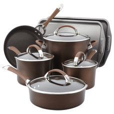 Contemporary Bakeware by Overstock.com