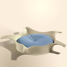 Modern Cat Beds by thepremiumpet.com