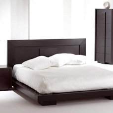 modern beds Monaco Wooden Bedroom Suite By Huppe