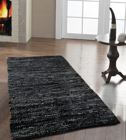 modern rugs by Homescapes Europa Ltd