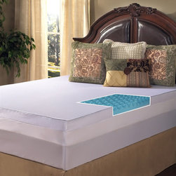 Grande Hotel Collection - Grande Hotel Collection 4-inch Big Comfort Gel Memory Foam Mattress Topper with - Relax in comfort with this Grande Hotel collection Gel Memory Foam mattress topper. A dual-sided design allows you to either sleep with the textured side or the smooth side up,customizing your ideal sleeping experience.