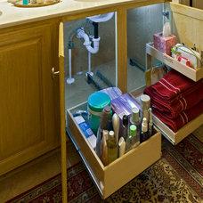 Bathroom Cabinets And Shelves by ShelfGenie of San Antonio