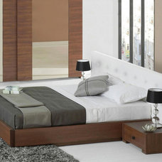 contemporary beds by Lazzoni Furniture
