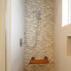Traditional Showers by Odenza Homes Ltd