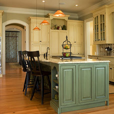 Traditional Kitchen by Cobb Architects