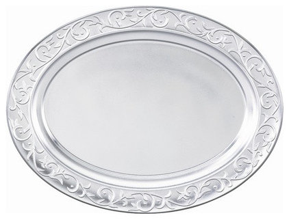 Traditional Platters by GiftCollector