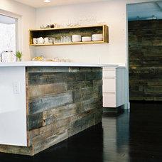 Modern Kitchen by Project Sunday