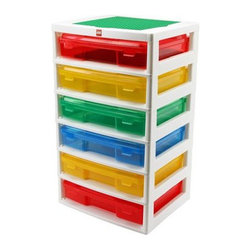 Iris Lego Project Case Chest - Ask any parent who has stepped on a Lego and they'll agree: Legos need a storage space of their own! This Lego chest is something my son would love.