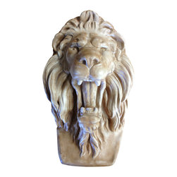 Casa de Arti - Lion Head Roaring Plaque Bracket Hanging Wall Art - Beautiful plaque of a Lion's Head, perfect to display in your home, garden, or office at an incredible price.