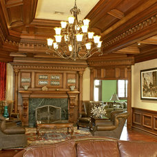 Traditional Family Room by WL INTERIORS
