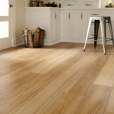 Traditional Hardwood Flooring by Horizon Floors