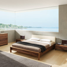 Modern Beds by Wharfside