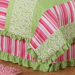 Sweet Jojo Designs - Olivia Bed Skirt Queen - The Olivia Bed Skirt by Sweet Jojo Designs helps complete the look of your room. This skirt, or dust ruffle, adds the finishing touch while conveniently hiding under-the-bed storage. The lovely bed skirt is available in a Toddler Size and Queen Size.