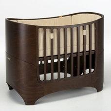 Modern Cribs by UrbanBaby