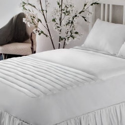 Wellrest 200 TC Zone Mattress Pad - Get a good night's sleep with the Wellrest 200 TC Zone Mattress Pad. A handy way to add smart cushioning to your mattress, this pad features three zones of pressure point relief. It's made with a 200-thread count, high-loft 100% cotton top and has 16 ounces of hypoallergenic poly fiber fill. The non-woven, reversible fabric and machine-washable nature make it incredibly convenient. This mattress pad has a 15-inch skirt and deep 18-inch pocket to accommodate taller mattresses with ease.Mattress Pad Dimensions:Twin: 38x75 in.Full: 54x75 in.Queen: 60x80 in.King: 78x80 in.