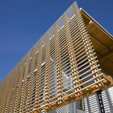 Modern  by Randy Bens, Architect AIBC