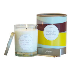 Summer Bouquet Candle - Help your guests feel relaxed and at home when they're staying over with a little help from the Summer Bouquet Candle. Perfect for creating a luxe guest bath experience or for elevating daily showers to a spa-like treat.