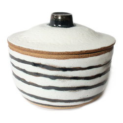 Striped Jar - This handmade striped container is the perfect jar for sugar, spices, jams, marmalades or other delicious breakfasts treats.