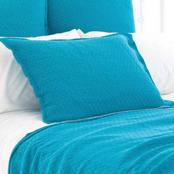 Pine Cone Hill - diamond matelasse coverlet (peacock) - Lightweight, easy-care cotton featuring a subdued geometric pattern. Available in a variety of colors ranging from bright and vibrant to demurely neutral. The perfect basic to dress up any bed. Pair coverlets with matching shams or mix with complementary colors for a fun look. Shams feature envelope back closure.��This item comes in��peacock.��This item size is��various sizes.
