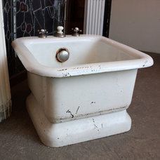 Traditional Bathtubs by Preservation Station