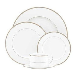 kate spade new york - kate spade new york Sugar Pointe 5-piece Place Setting - Contemporary and elegant our Sugar Pointe 5 Piece Place Setting by kate spade new york is a sophisticated setup for your table. Delicate rows of raised white stripes on white bone china are finished with a platinum scalloped edge. Perfect for both formal and casual settings.