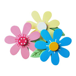 """Little Elephant Company - Samantha Love Brights Daisy Quilt Clips set of 3 - Beautiful quilt clips that transform your treasured baby quilts and comforters into charming hanging artwork for your child's room.    Very easy to use.  ***    This listing is a set of  three (3) daisy quilt clips. The 7 petal daisies are light pink, pool blue, and light yellow. The accents and centers are light pink, white, fuschia, and dark yellow. The leaves are soft apple green with leaf green accents.    These quilt clips are perfect for flower and garden themed bedding sets.    Each daisy measures 3.75 in. x 4.75 in.    How many quilt clips do I need?  - For a quilt that is still stiff and new, you will only need 2 quilt clips for up to 36 inches wide. Many people will do 3 quilt clips just for the look, though. For a quilt that has been washed and is pliable, 2 clips will be sufficient for up to 36 inches, but you may want 3 clips to help keep the center from sagging. For a quilt 36 to 42 inches wide, use 3 to 4 clips. For a quilt 42 to 50 inches, use 4 to 5 clips.    How do the quilt clips work?  - The only hardware is needed is a long nail, approximately 1 1/2"""" to 2 1/2"""" in length.  - Measure how far apart you would like the clips to be.  - Decide how high on the wall they will be placed and mark your first spot. Using a level, measure out and mark the second spot.  - Place your nails into the wall at a 45 degree angle. IMPORTANT: If your nail is not at a 45 degree angle, the clip may slip off the nail.  - Clip the quilt and slide the back of the clip over the nail.    What are the clips made of?  - Designs are made of layered wood. A few of our designs also have layered felt.   - Clips on the back are a sturdy plastic so as not to damage your fabric."""