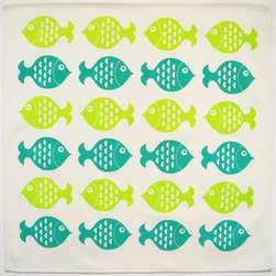 Wabisabi Green - School of Fish Eco Napkins, Set of 4 - A school of fish makes it easy for you to set a smart table, ensuring your dinner party moves along swimmingly! Rendered in orange and gray, the fish are hand-printed on an ecofriendly blend of organic cotton and recycled polyester.