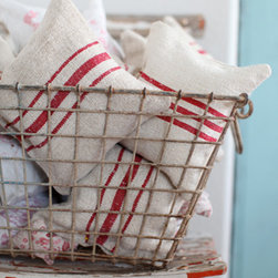 Red Stripe Grain Sack Lavender Pillows - I love lavender for the home, and not only do these vintage grain sack lavender pillows smell heavenly, but they also add that classic stripe of red that I love so much.