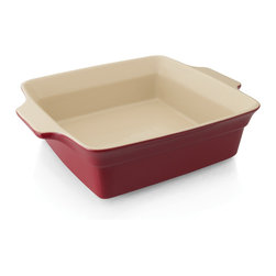 "Berghoff - Berghoff Geminis Square Baking Dish 13.25"" - The Geminis bakeware collection is not only pleasing to look at but durable enough for every day use. Made from high quality stoneware with a cozy red colour this bakeware can go right from oven to the table. Handles provide a comfortable thumb grip for securely and safely moving dishes from the oven to the table or countertop."