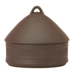 Dansk Flamestone Brown Beehive Casserole - The Dansk Flamestone Brown Beehive Casserole will make you the envy of your friends. Made of stoneware, the casserole adds to the elegance of your table setting. It's microwave and oven-safe up to 300 degrees. Because it's dishwasher safe, the serveware is easy to clean. This casserole comes with a domed lid that gives it a distinctive beehive shape. Use the beehive casserole on casual days or on special occasions.About Lenox CorporationLenox Corporation is an industry leader in premium tabletops, giftware, and collectibles. The company markets its products under the Lenox, Dansk and Gorham brands, propelled by a shared commitment to quality and design that makes the brands among the best known and respected in the industry. Collectively, the three brands share 340 years of tabletop and giftware expertise.