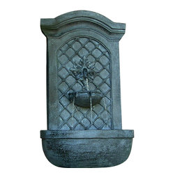 "Sunnydaze Decor - Rosette Leaf Outdoor Wall Fountain Lead - Dimensions: 17""Wide x 10"" Deep x 31""High, 13 lbs"