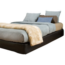 Contemporary Beds by Fratantoni Lifestyles