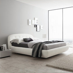 Rossetto Furniture - Eclipse King Size Platform Bed - T286611375N01 - Eclipse Collection King Size Bed