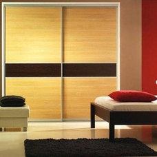 Contemporary Interior Doors by DAYORIS DOORS / PANELS