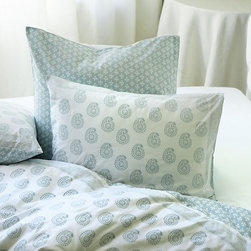 Ballard Designs - Ava Block Print Duvet Cover - Spa King - Coordinates with our Ava Block Print Sham, Quilt & Shower Curtain. Extra deep envelope closure. Reverses to coordinating print. hidden button closure. Machine washable. Our Ava Block Print Bedding adds a global feel to your bedroom. The hand finished Duvet is in a soft 200 thread count cotton percale in your choice of four colors. Each color has its own pattern designed to mix and match with all the others. Ava Block Print Duvet Cover features:. . . . .