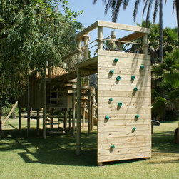 Climbing Wall for treehouses by Treehouse Life - Paul Cameron - www.treehouselife.co.uk