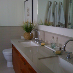 tropical bathroom by Toro-Lombardo Design Build