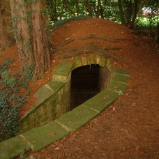 FANTASY: Hidden Passages / Who doesn't love secret doors and passages?!