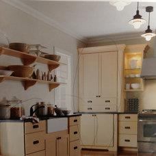 Kitchen cabinet & countertop