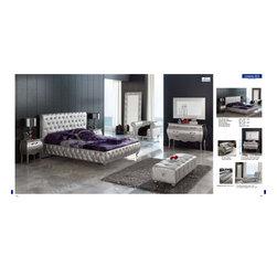 Lorena Modern Silver Bedroom Set (Bed, Dresser, Mirror and 2 Nightstands) - ESF -