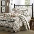 Harbor House Country Garden Comforter Set - This comforter set is a beautiful way to bring a little French country charm into a bedroom.
