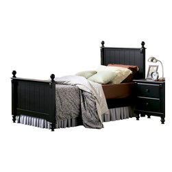 Homelegance - Homelegance Pottery 3-Piece Twin Panel Bedroom Set - Distinguished by matching slat-detailed head and footboard, bedpost finials and matching bun feet, beds like these will always have a widespread appeal amongst folks who see home as where the heart is. a black finish completes the look and appeal of the Pottery Black panel bed.