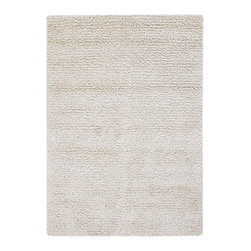 Mandara - Hand-woven Mandara New Zealand Wool Shag Rug (9' x 13') - Enhance your home decor with this handmade Mandara shag rug. This ultra thick and plush rug is hand woven in India using premium quality New Zealand wool. This shag rug features shag design in shade of White.