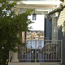 Traditional Porch by DANIEL HUNTER AIA Hunter architecture ltd.